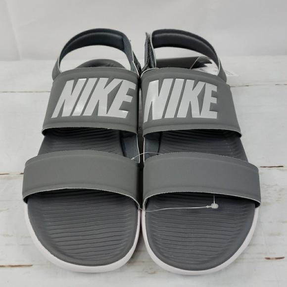 finest selection 03a13 2bfc9 NIKE Tanjun Sandals Size 11 Grey